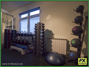 Free weights and functional training equipment